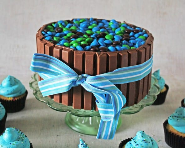 KitKat Candy Cake
