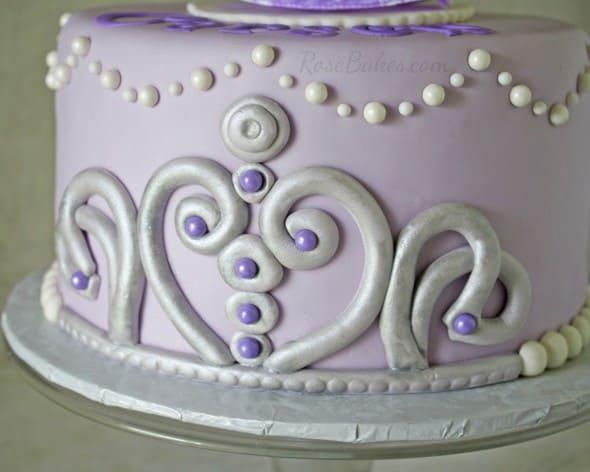 Sofia the 1st Tiara on Cake