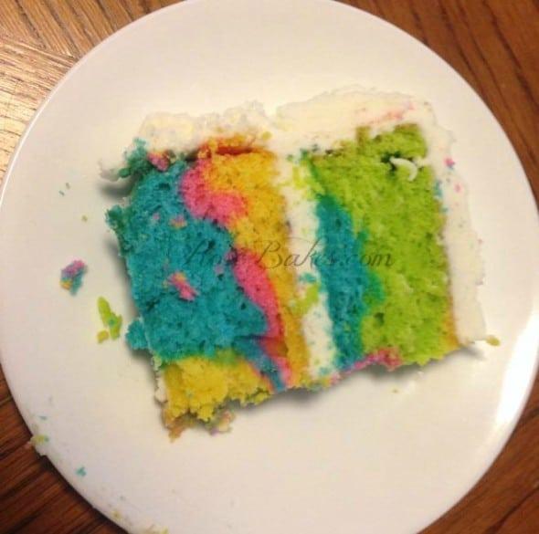 Kim Tie-dyed cake Rainbow Inside