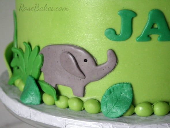Fondant Elephant on Jungle Cake
