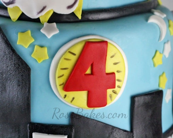 Super Heroes City Scape Cake Details 1