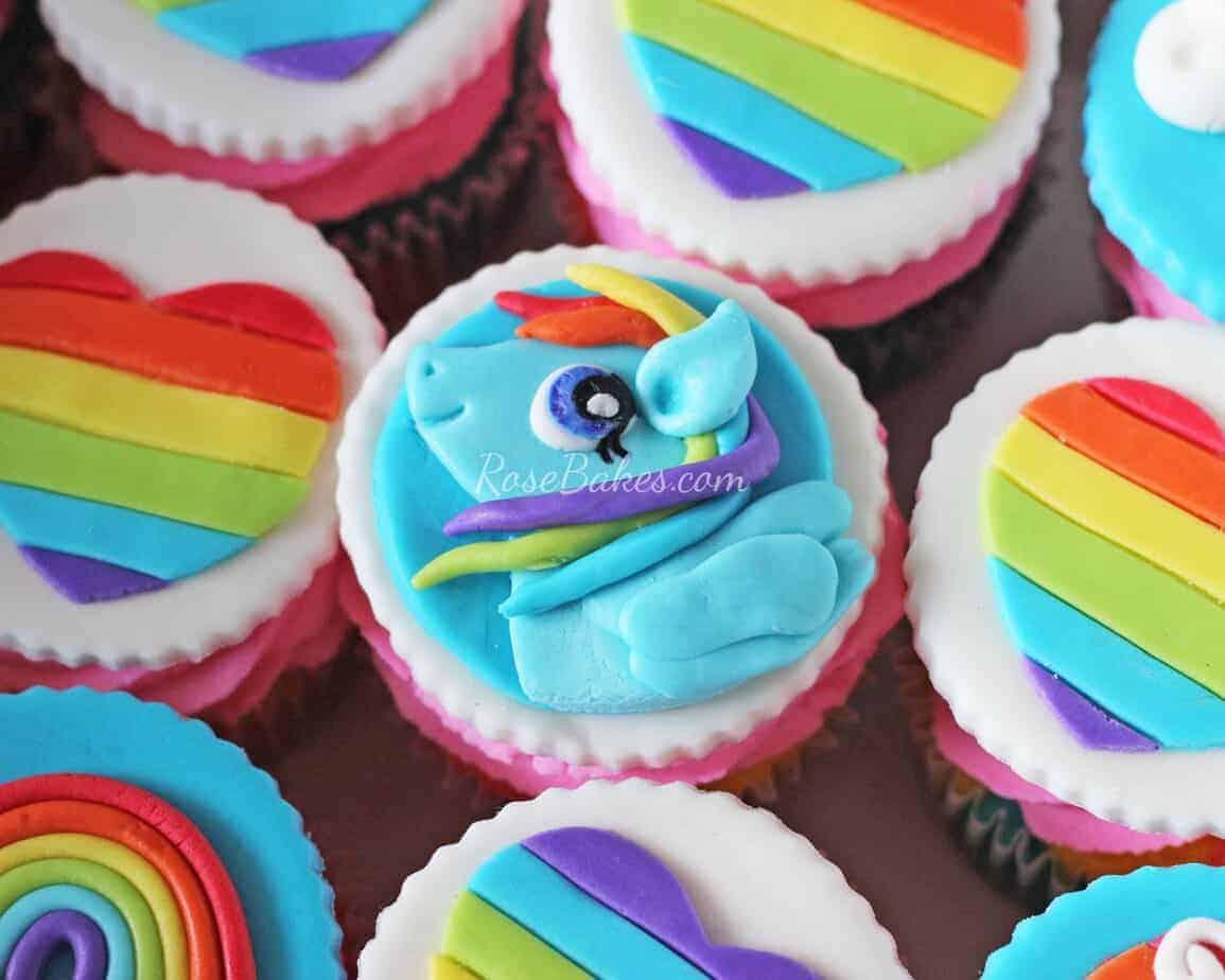 my little pony rainbow dash cupcakes rose bakes
