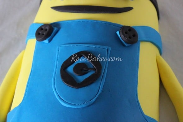 Minion Cake Tutorial 27