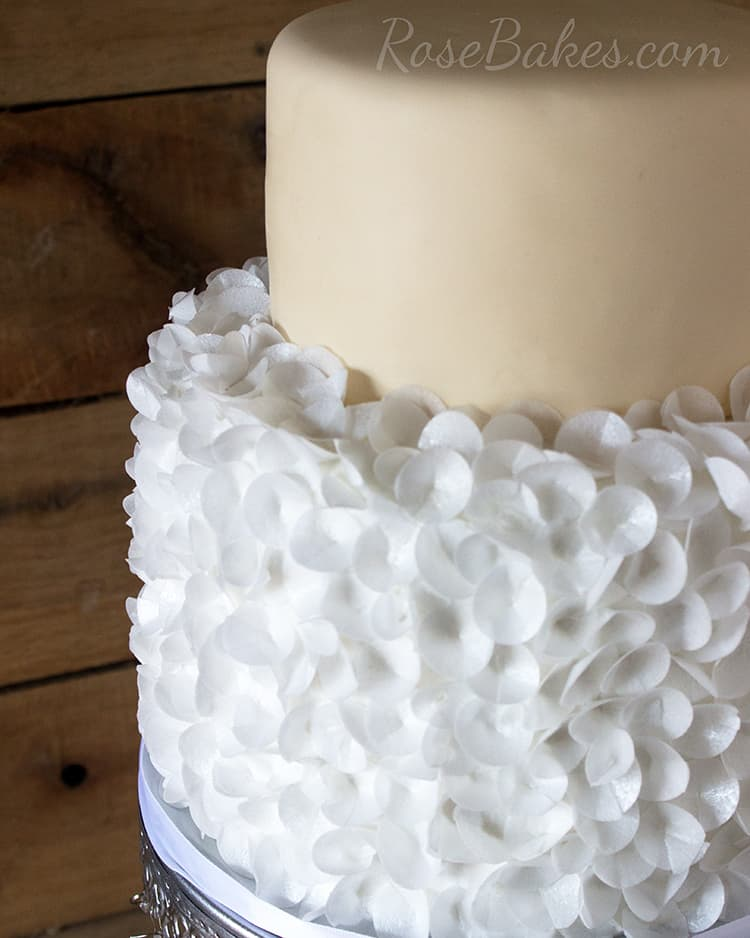 Using Wafer Paper On Cakes