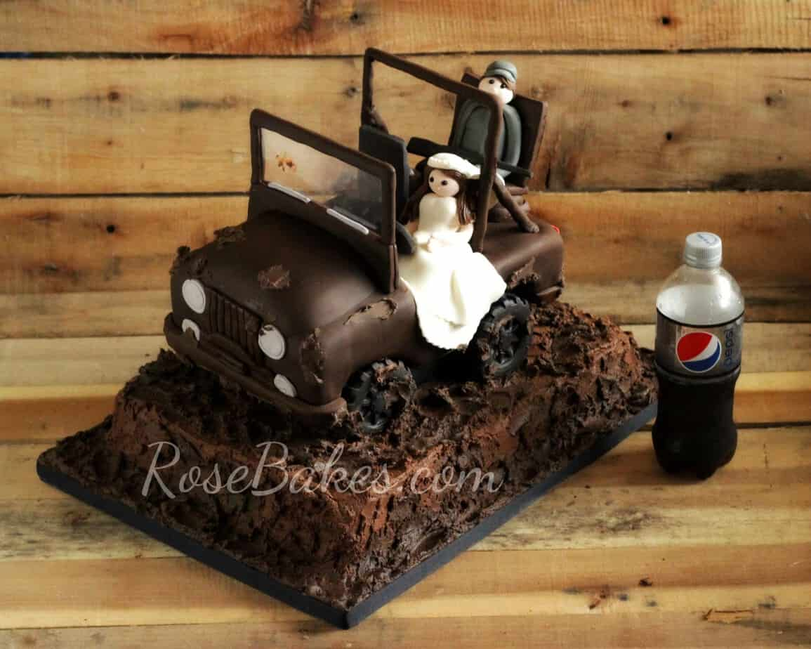 Mud Jeep Cake with Bride and Groom
