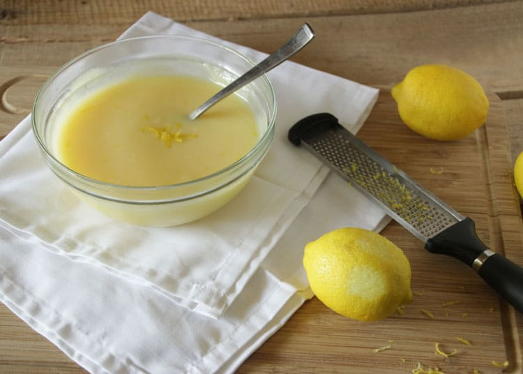 Lemon-Curd-with-Lemon-Zest