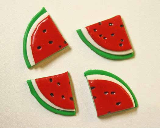 How to Make Watermelon Cupcake Toppers 11