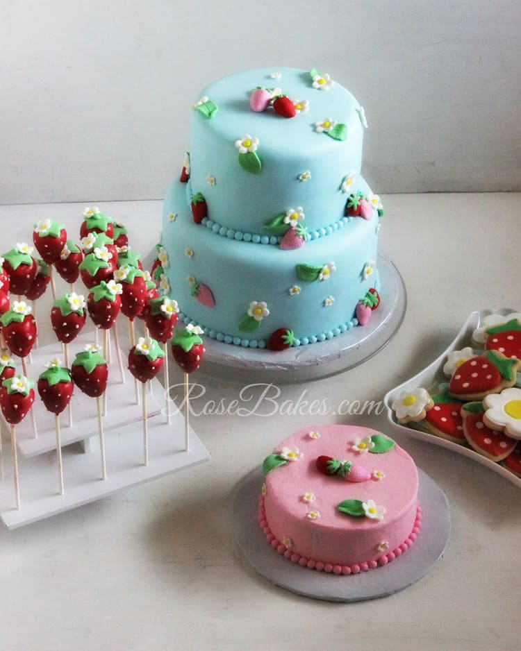 Strawberries-Party-Dessert-Table