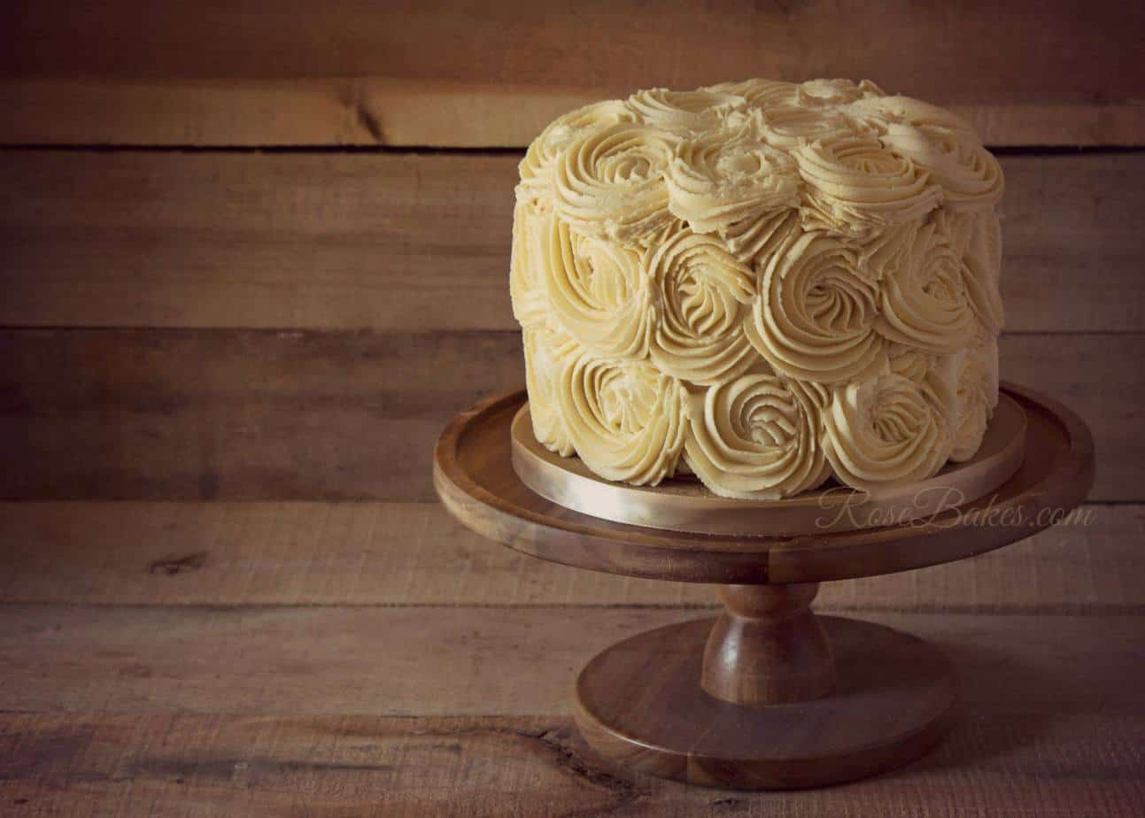 Ivory Cream Buttercream Roses Cake