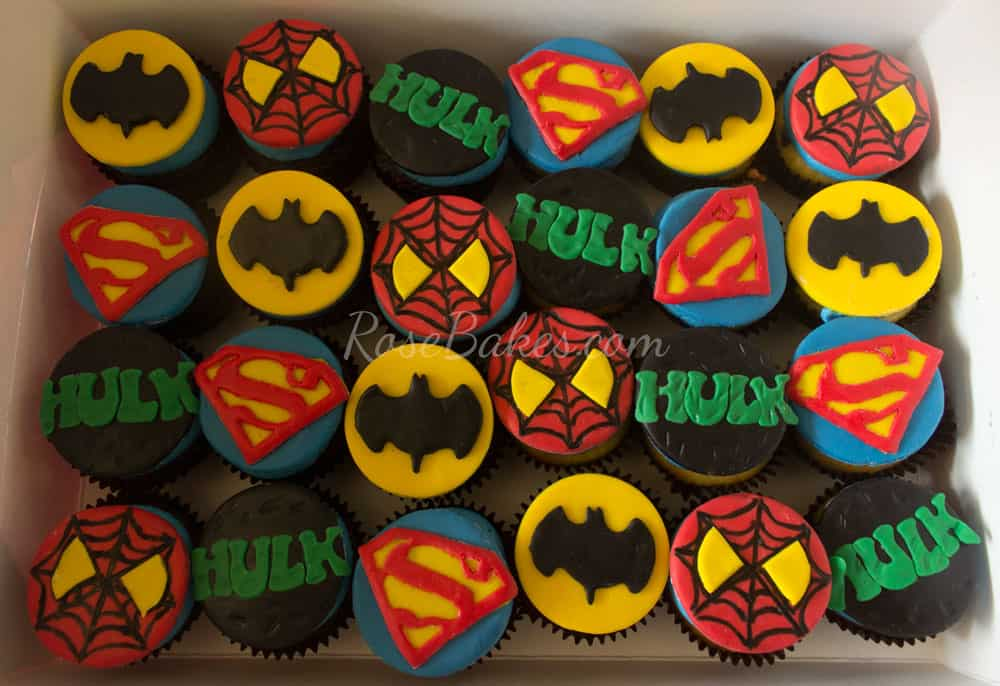 Super-Heroes-Cupcakes-Spiderman-Hulk-Superman-Batman