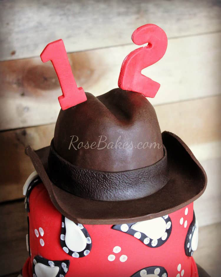Top Hat Cake Topper Tutorial