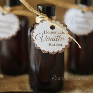 How to Make Homemade Vanilla Extract – Christmas Gift Idea