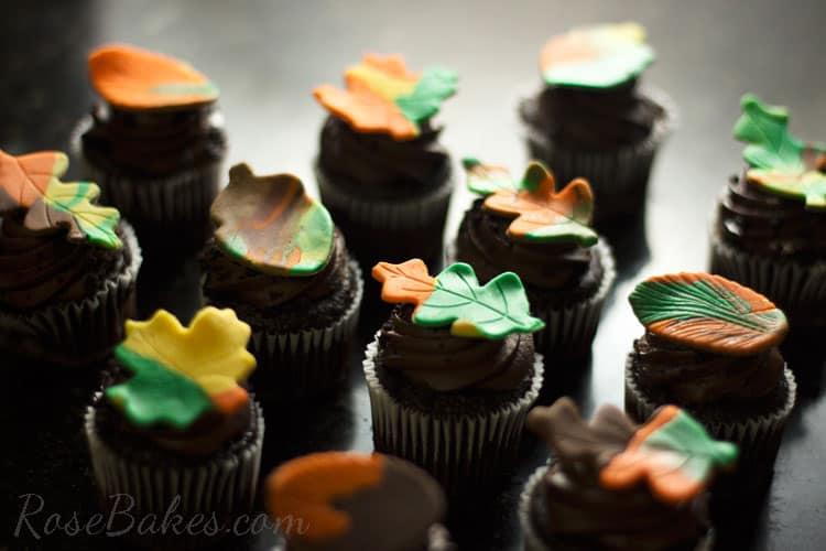 Fall-Leaf-Cupcakes