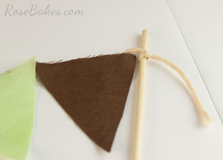 How-to-Make-Bunting-for-Cake-14