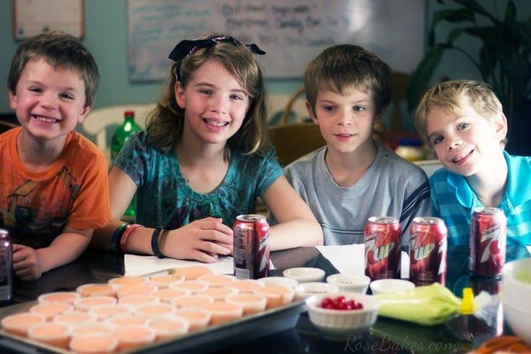 Kids-Decorating-Cupcakes