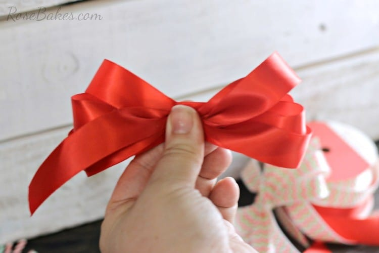 How-to-Make-a-Simple-Bow-03