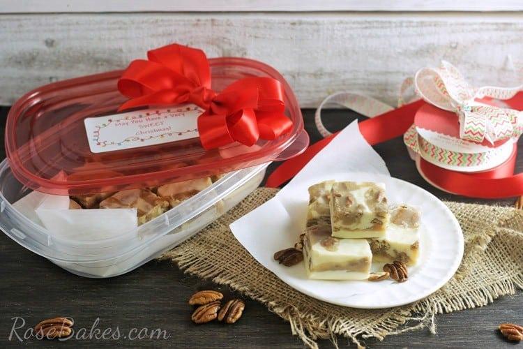 Pralines-&-Cream-Fudge-in-Rubbermaid-TakeAlongs