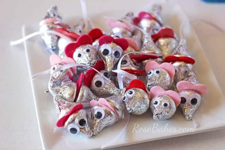 How to Make Valentine's Hershey Kisses Mice - Rose Bakes