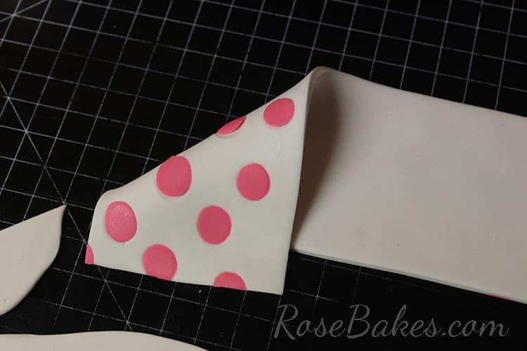 How to Make Polka Dot Bow 10