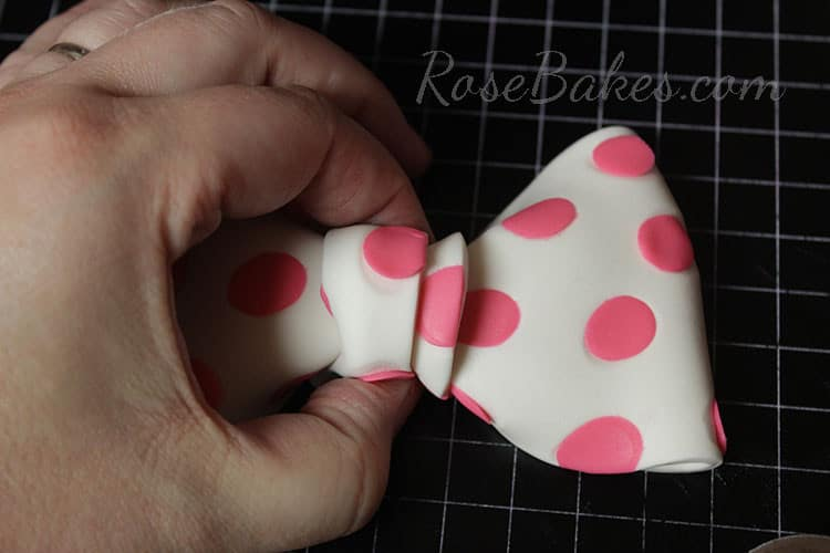 How to Make Polka Dot Bow 18