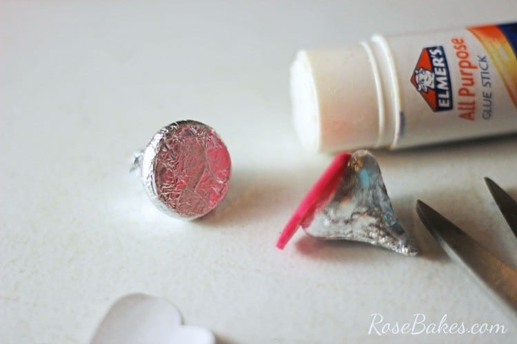 How to Make Valentine's Hershey Kisses Mice 03
