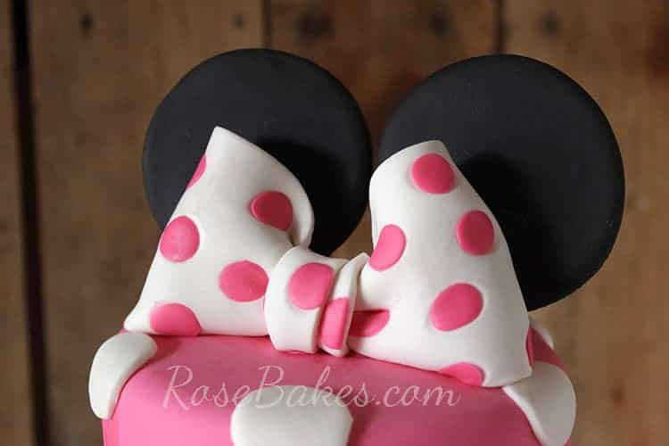 How To Make A Polka Dot Fondant Bow A Minnie Mouse Bow Rose Bakes