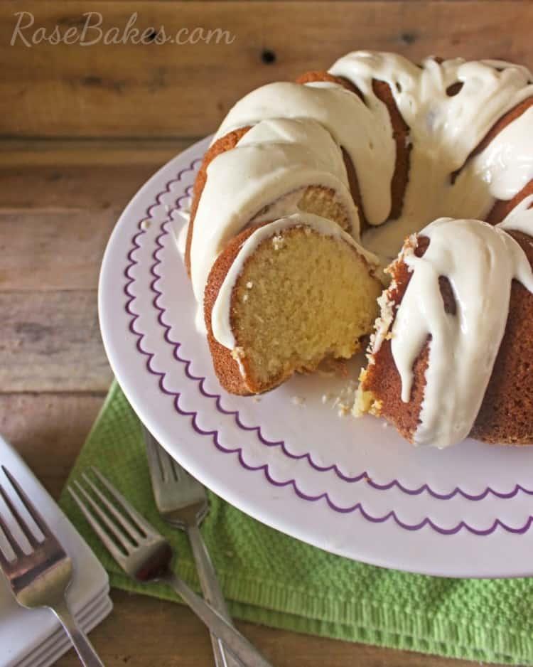 Sliced-Pound-Cake