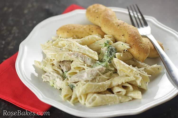 Easy Chicken Broccoli Alfredo Rose Bakes