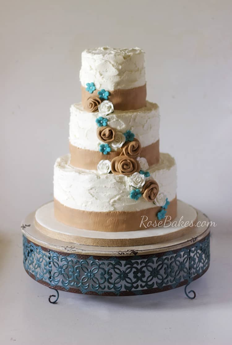Wedding Cakes With Lace And Burlap