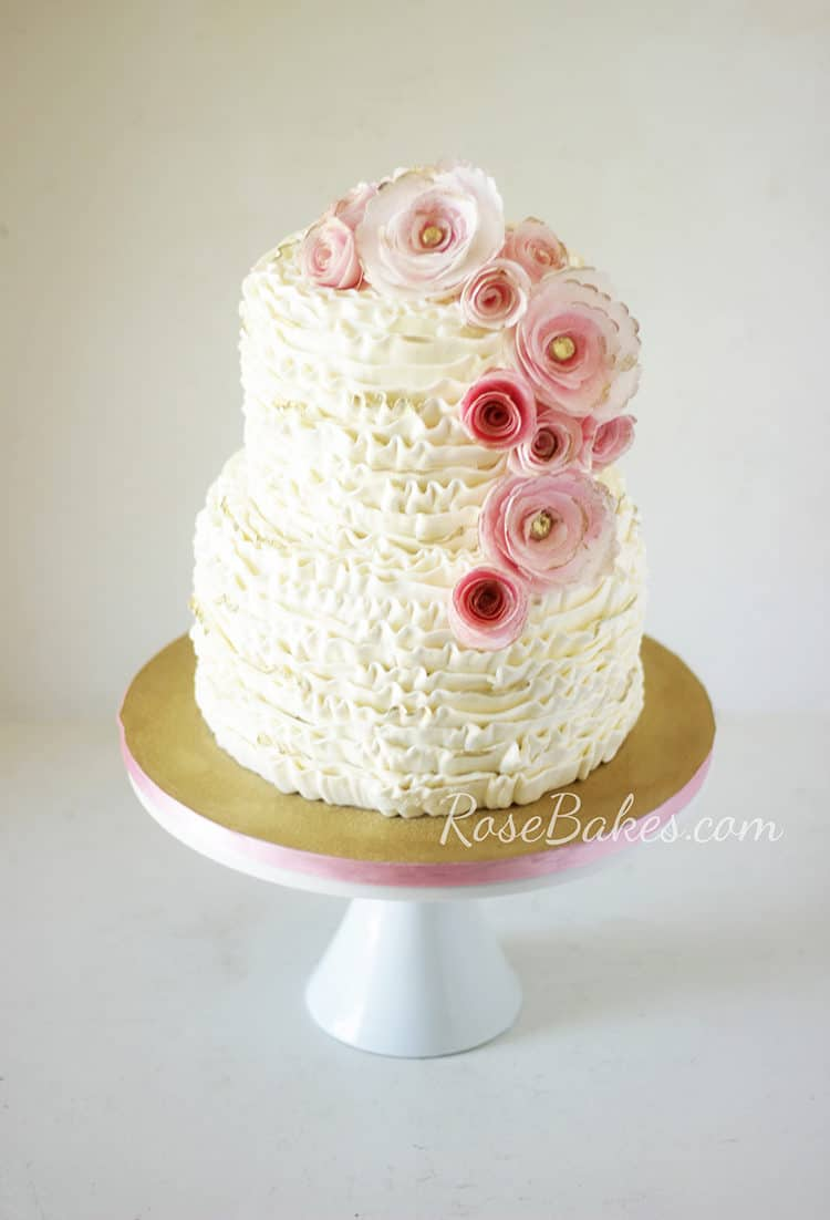 Check Out These Trendy Gold Cakes Rose Bakes