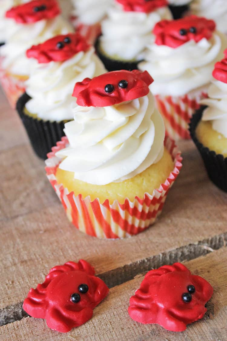 Crab Cupcake Toppers by RoseBakes