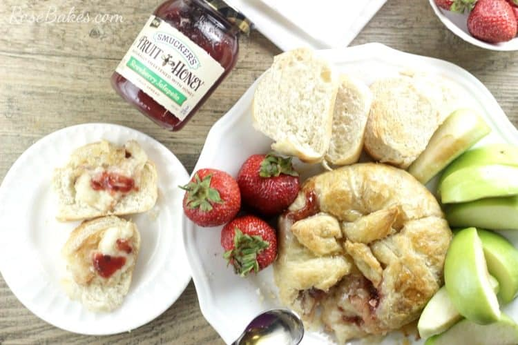 Strawberry Jalapeno Baked Brie with Apples & Bread