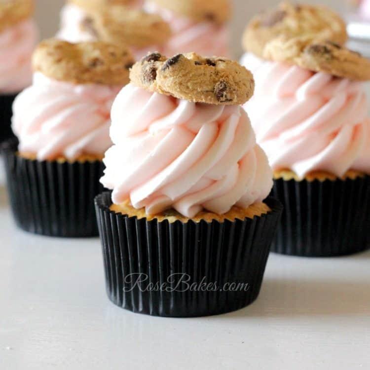 chocolate-chip-cookie-cupcake
