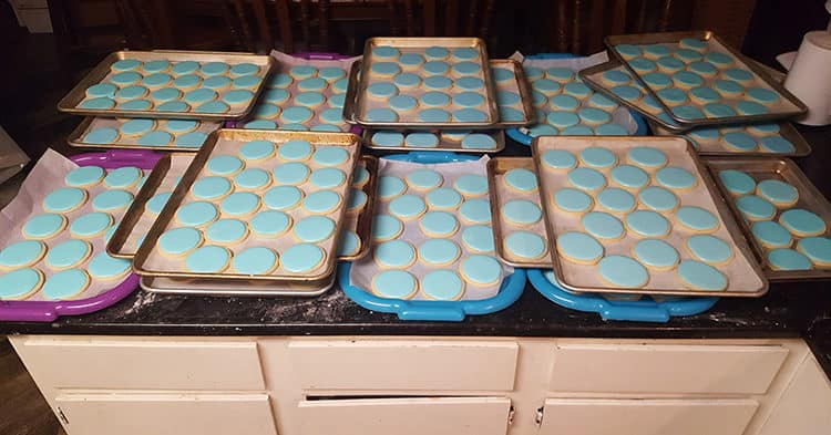 cookies-with-blue-icing