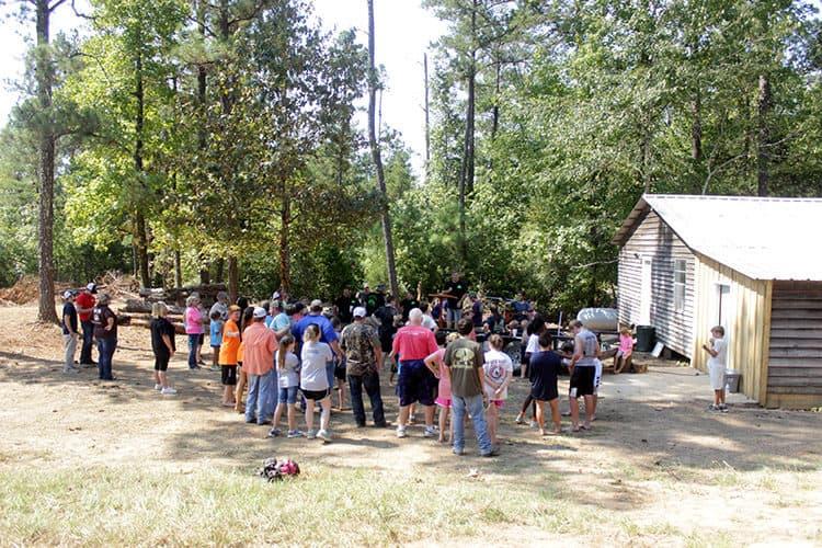 crowd-at-briar-ridge