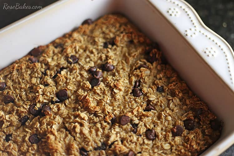 baked-chocolate-chip-oatmeal-by-rose-bakes