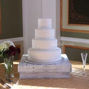 scrollwork-wedding-cake