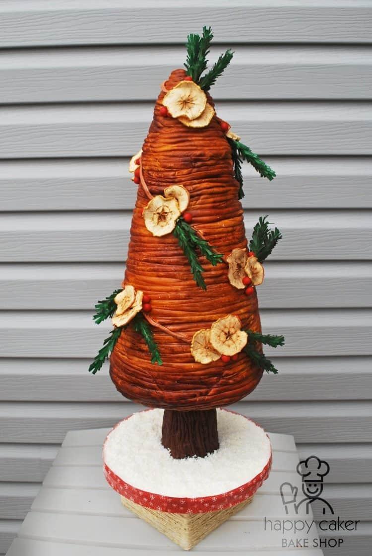 Country Christmas Tree Cake