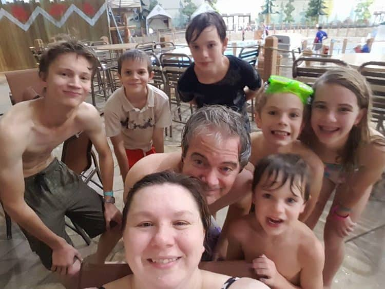 family-at-great-wolf-lodge