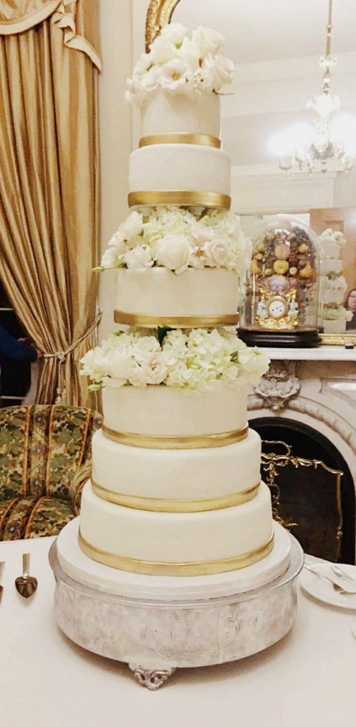 rose gold wedding cake with flowers my weekend gold amp flowers wedding cake bakes 19299