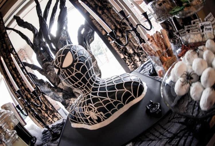 Spider-Man Bust Cake