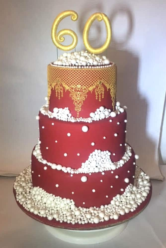 WTTC Winner Red and Gold Cake
