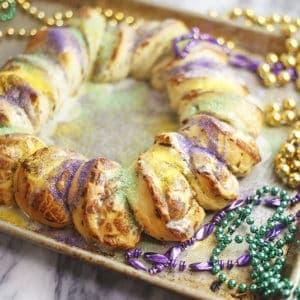 Easy King Cake with Cinnamon Rolls