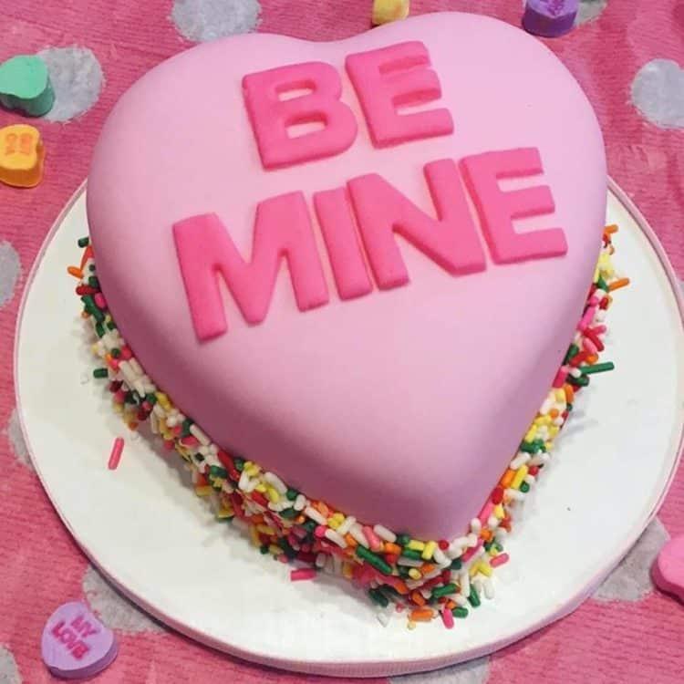 13+ Valentines Cakes | Conversation Heart Cake