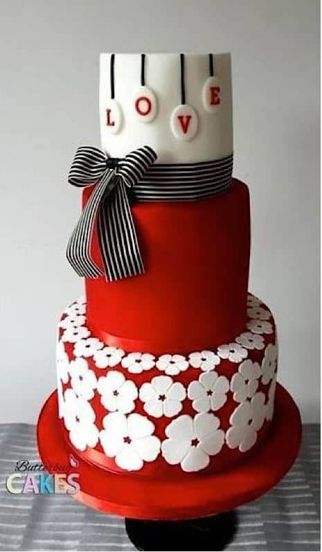 13+ Valentine's Cakes | Black and Red Valentine's Cake