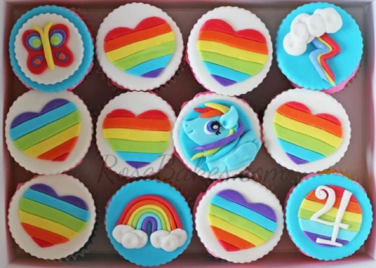 My Little Pony Rainbow Dash Cupcakes