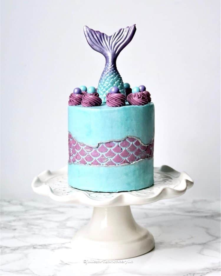 15+ Fault Line Cakes that WOW - Purple and Teal Mermaid Fault Line Cake