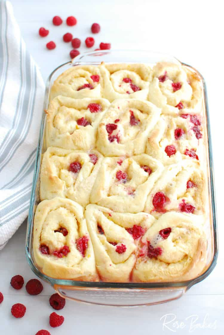Baked Raspberry Cinnamon Rolls Recipe before icing