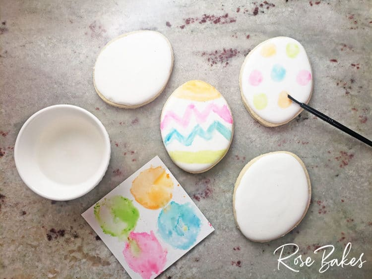 Blank cookiie for the How to Sell Paint Your Own (PYO) Cookie Sets - No Cookie Decorating Required!