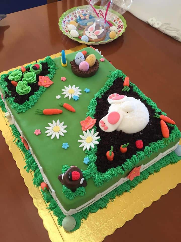 Easter Sheet cake with Bunny and carrot patch